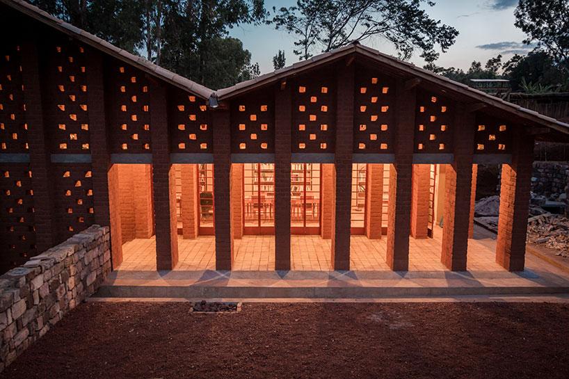 Library of Muyinga 4